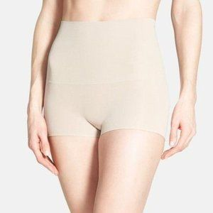 Spanx Light Nude Power Shorty Shaper Boyshort NWT